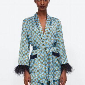 NWT Zara Flowing Blazer Kimono Feather Applique
